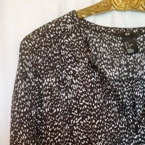 H&M long sleeved black/white shirt,3 button,Small